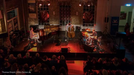 "Emskult goes Jazz – ""Triosence"""